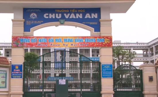 Trường Tiểu học Chu Văn An nhận lỗi trước tình trạng thịt gà bốc mùi