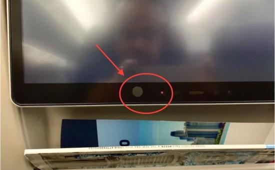 Hàng không Mỹ che camera đặt sau ghế ngồi hành khách