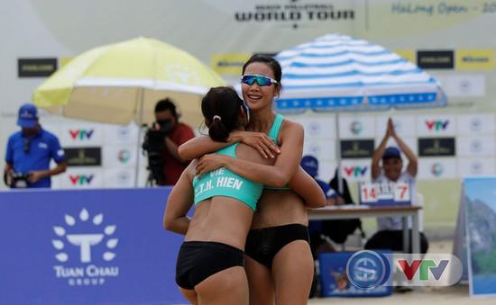 Ảnh: Những khoảnh khắc ấn tượng tại giải bóng chuyền bãi biển nữ thế giới Tuần Châu - Hạ Long 2019 ngày 10/5