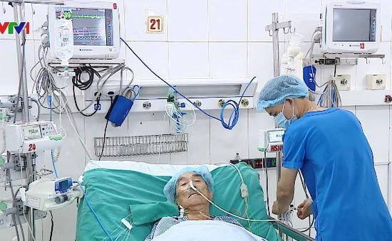 Cứu sống bệnh nhân người nước ngoài 79 tuổi bị vỡ tim