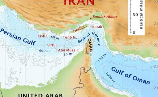 Tàu chở dầu bị tấn công tại cửa ngõ eo biển Hormuz