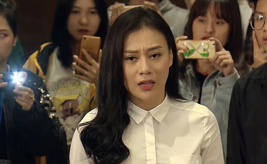 Kết vai trong Nàng dâu order, Phương Oanh vẫn xin làm chân bê vác máy vì lý do này