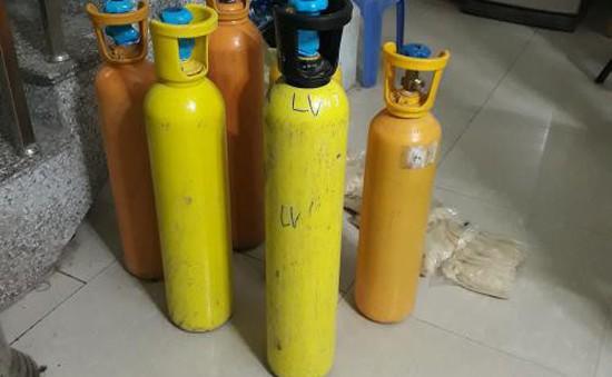 Thu giữ 110 kg khí cười tại Lạng Sơn