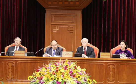 Ngày làm việc thứ hai: Trung ương thảo luận Báo cáo tổng kết thực hiện Chỉ thị số 36 của Bộ Chính trị khóa XI