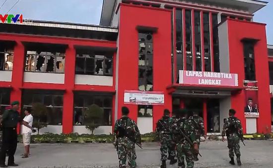 Indonesia truy tìm tù nhân vượt ngục