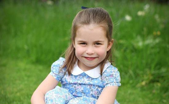 Công chúa Charlotte đón sinh nhật 4 tuổi