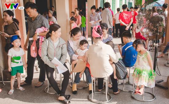 Hơn 2.200 trẻ em tại Ninh Bình được khám sàng lọc tim bẩm sinh miễn phí