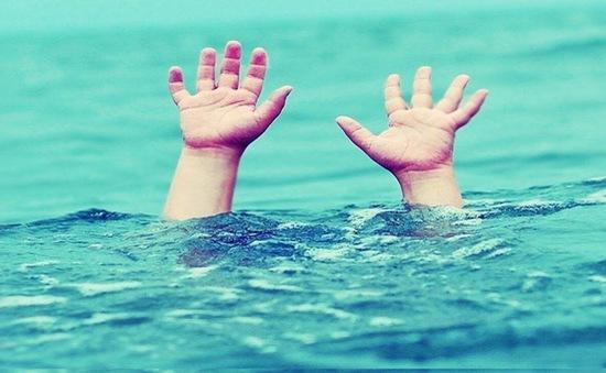 Cảnh giác nguy cơ đuối nước trẻ em trong mùa hè