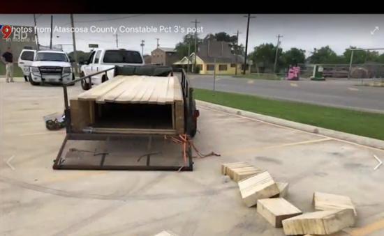 Mỹ: Cứu 16 người bị nhồi nhét trong thùng gỗ