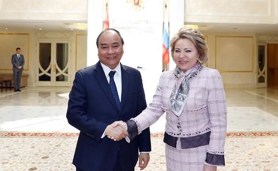 Thủ tướng Nguyễn Xuân Phúc hội kiến Chủ tịch Hội đồng Liên bang Nga