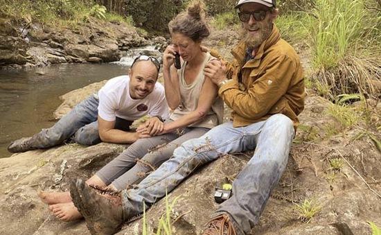 Giáo viên yoga sống sót sau 17 ngày lạc trong rừng Hawaii
