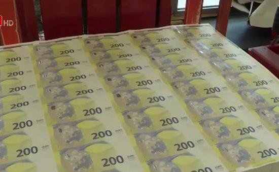 ECB đưa đồng 100 và 200 Euro vào lưu thông