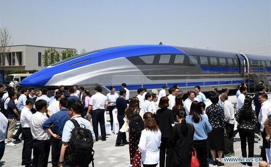 Trung Quốc ra mắt mẫu tàu đệm từ siêu tốc, đạt tốc độ 600km/h