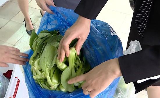Xử phạt hơn 100 trường hợp vi phạm an toàn thực phẩm tại quận Thanh Xuân, Hà Nội