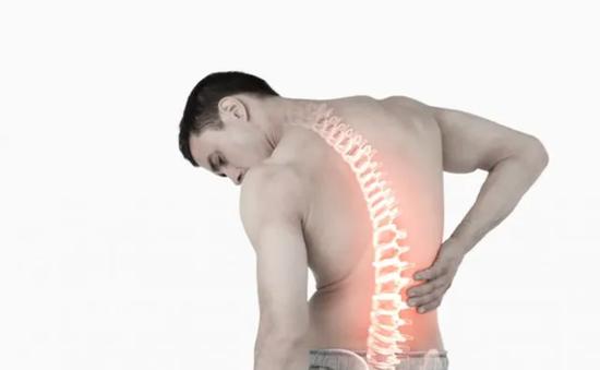 Bệnh đau lưng ảnh hưởng tới sức khỏe và chất lượng cuộc sống