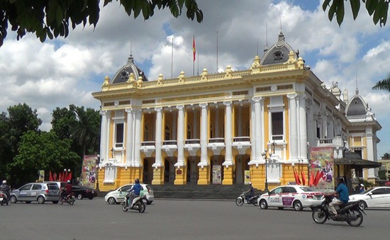 Hà Nội điều chỉnh lại giao thông khu vực quảng trường Cách mạng tháng Tám