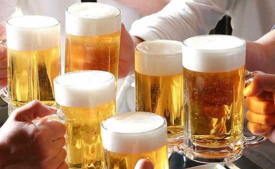 WHO cảnh báo lượng tiêu thụ rượu, bia toàn thế giới tăng mạnh