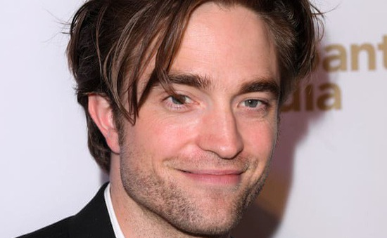 """""""Ma cà rồng"""" Robert Pattinson chính thức trở thành Người dơi mới"""