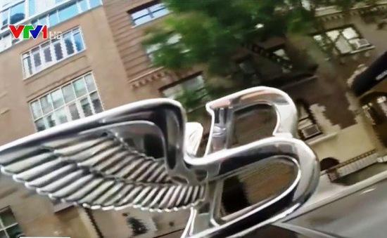Bán nhà mặt phố siêu xa xỉ, tặng kèm siêu xe Bentley
