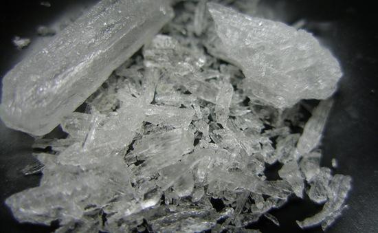 """Sử dụng ma túy đá: """"Đẳng cấp"""" hay tự hủy hoại chính mình?"""