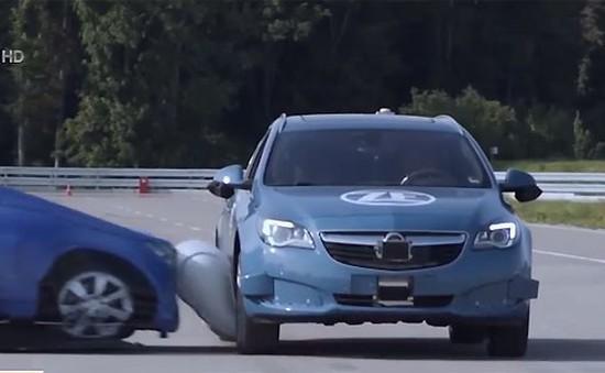 Phát triển công nghệ túi khí ngoài cho ô tô