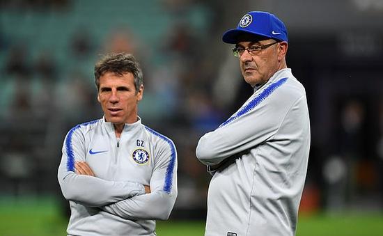 Gianfranco Zola sẽ chia tay Chelsea sau 1 mùa giải làm trợ lý
