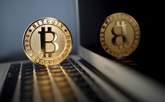 Giá Bitcoin vượt mốc 9.000 USD