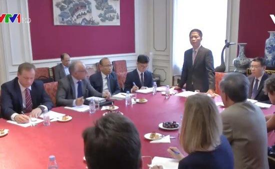 Bộ trưởng Bộ Công Thương gặp đại diện các Hiệp hội doanh nghiệp châu Âu