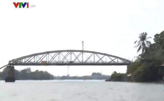 21 năm tù cho hai lái tàu đâm sập cầu Ghềnh