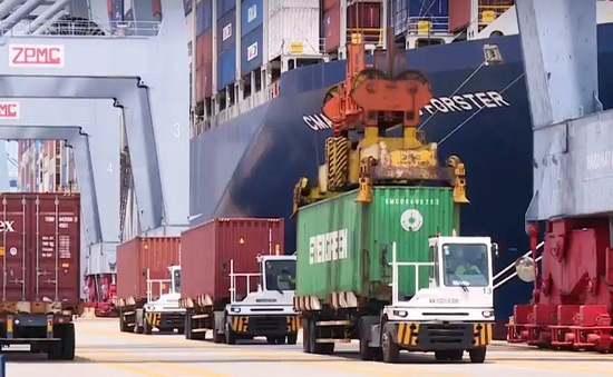 Gỡ nút thắt hạ tầng logistics tại các cảng biển