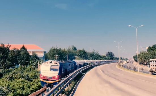 Ngành đường sắt sẽ có đoàn tàu chạy tốc độ 100km/giờ