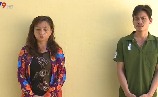 An Giang: Tạm giam 2 chị em vận chuyển hàng cấm