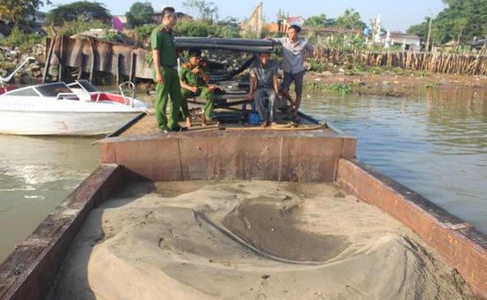 Sẽ tịch thu phương tiện vi phạm khai thác cát trái phép