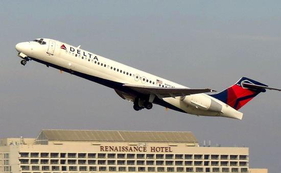 Mỹ: Hoảng hồn khi động cơ máy bay hỏng ngay giữa bầu trời