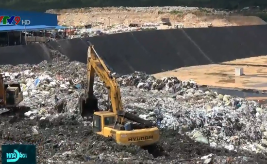 Trộn chất thải nguy hại vào chất thải sinh hoạt để chôn lấp
