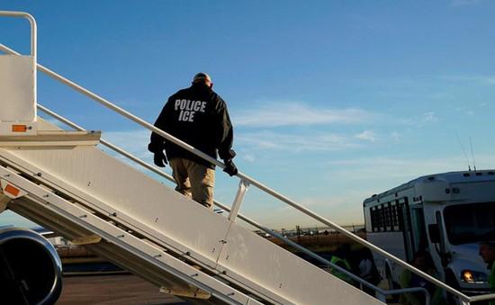 Mỹ truy bắt người nhập cư trái phép trên toàn quốc