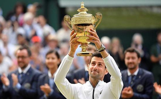 Thắng nghẹt thở Roger Federer, Djokovic bảo vệ thành công ngôi vô địch Wimbledon