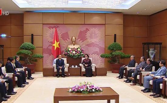Chủ tịch Quốc hội tiếp Chánh án Tòa án Nhân dân tối cao Lào