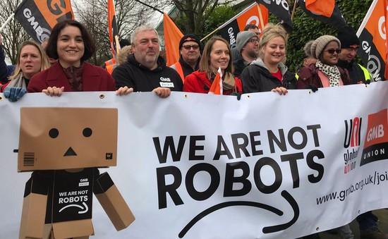 Nhân viên Amazon biểu tình phản đối điều kiện làm việc