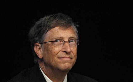 """Bill Gates mất ngôi vị giàu số 2 thế giới vào tay """"ông hoàng"""" thời trang"""