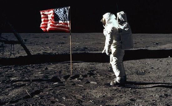 """50 năm con người lên Mặt trăng: """"Bước đi nhỏ của một con người nhưng là bước tiến vĩ đại của cả loài người"""""""
