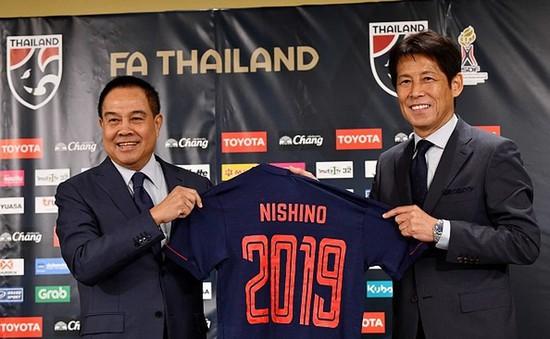 Đồng ý gia hạn 2 năm với LĐBĐ Thái Lan, HLV Nishino nhận lương khủng