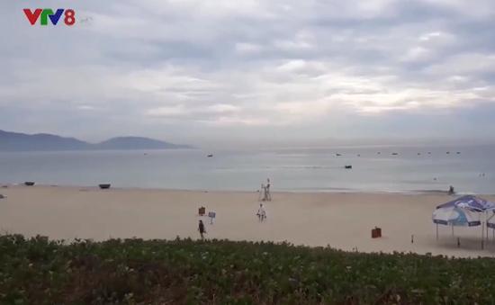 Bình minh trên biển Tân Trà