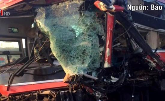 Đà Nẵng: Tai nạn liên hoàn, một lái xe khách thiệt mạng