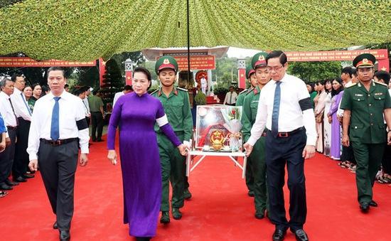 Truy điệu và an táng hài cốt liệt sỹ hi sinh tại Campuchia