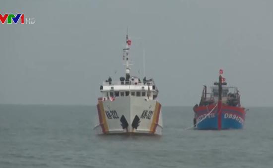 Quảng Bình nỗ lực tìm kiếm tàu cá cùng 5 thuyền viên bị mất liên lạc
