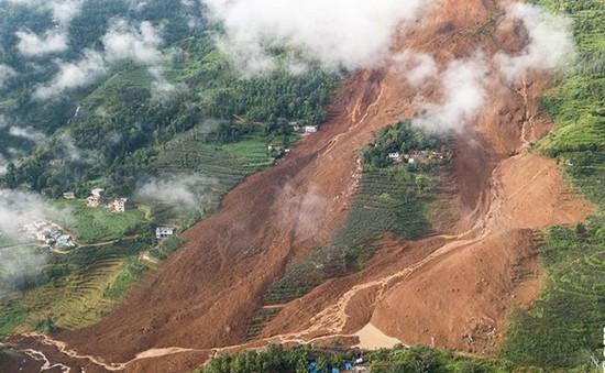 Trung Quốc: Sạt lở đất, ít nhất 14 người thiệt mạng, 42 người mất tích