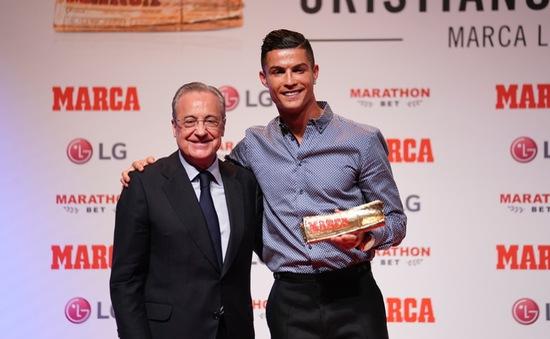Thổ lộ nỗi nhớ Madrid, Ronaldo làm fan Man Utd, Juventus phiền lòng