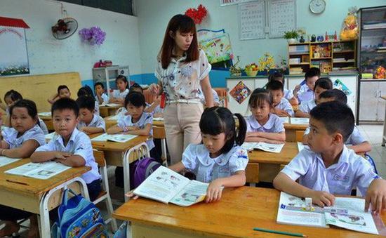 Hà Nội: 2.034 giáo viên hợp đồng đủ tiêu chuẩn xét tuyển viên chức