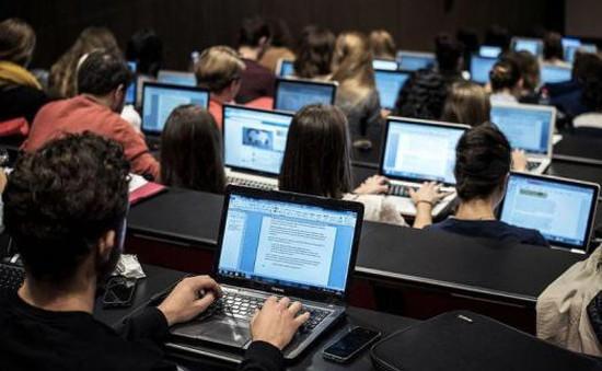 Các tân sinh viên có cơ hội được giảm giá lớn khi mua laptop